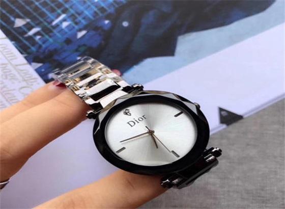 维修迪奥手表要多少钱