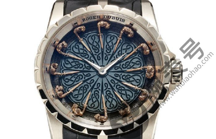 如何去除罗杰杜彼手表中的冷凝水