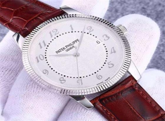 万宝龙手表多久换电池