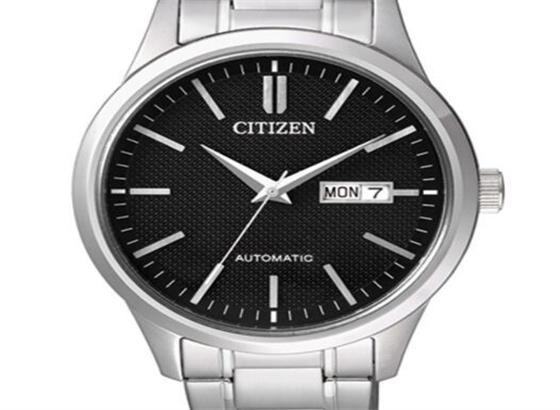 如何清除不锈钢西铁城手表上的划痕