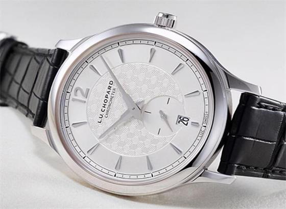 自动萧邦手表的精度如何?