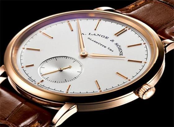 正确保养朗格手表的指南