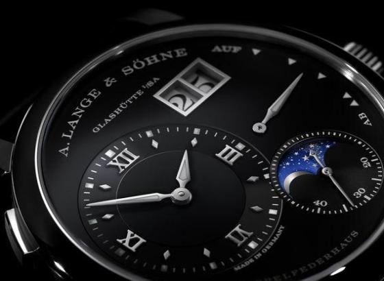 朗格手表保养常识