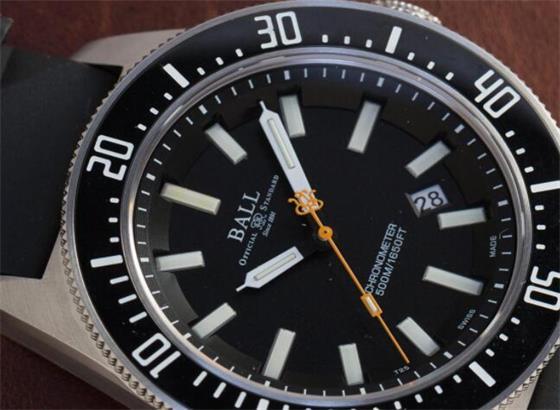 波尔腕表更换水晶