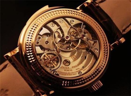 百达翡丽腕表怎样拆表带
