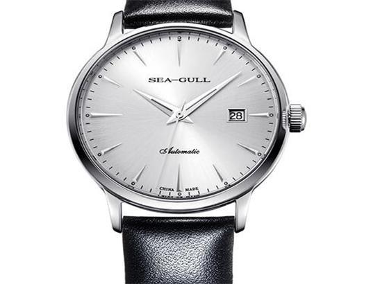 海鸥腕表调整表带大小