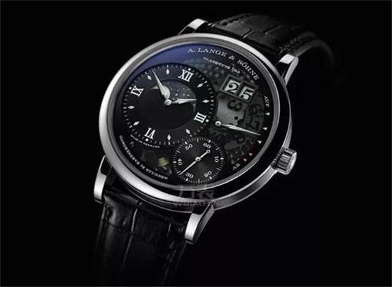 波尔手表更换电池的步骤