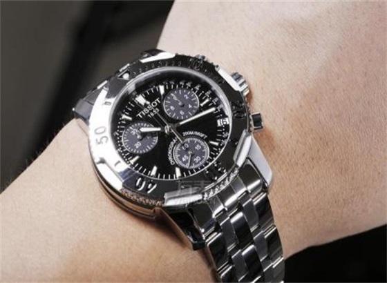 天梭手表的使用提示与维护