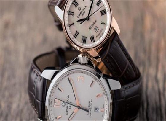 雪铁纳手表怎样调整时间和日期?