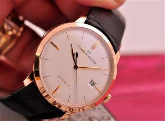芝柏手表怎么拆卸更换表带?