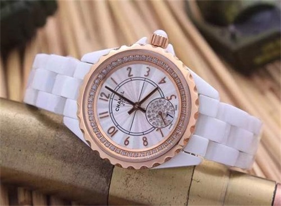 如何设置您的香奈儿手表