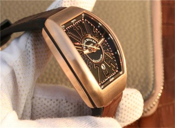 法穆兰穆勒手表怎样更换表盖