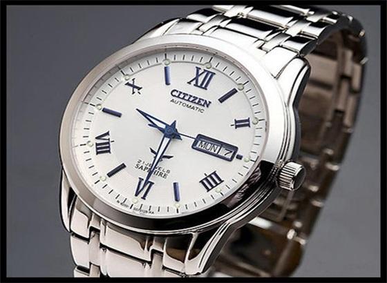 如何更换西铁城手表的表冠?