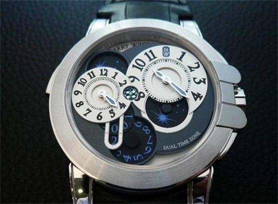 更换汉密尔顿手表的摆锤轴的方法